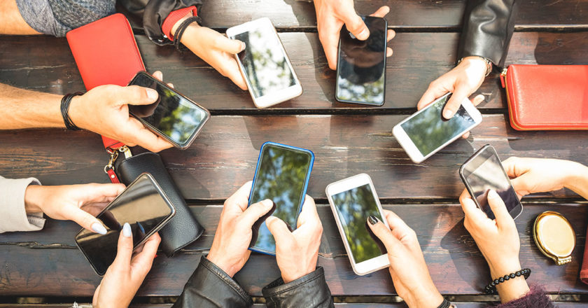 5 Mobile Trends Marketers Should Know for 2021